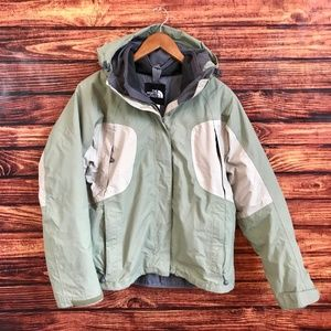 The North Face Hyvent Green Hooded Ski Winter Coat